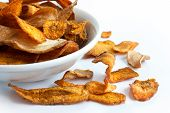foto of parsnips  - Bowl of fried carrot and parsnip chips - JPG