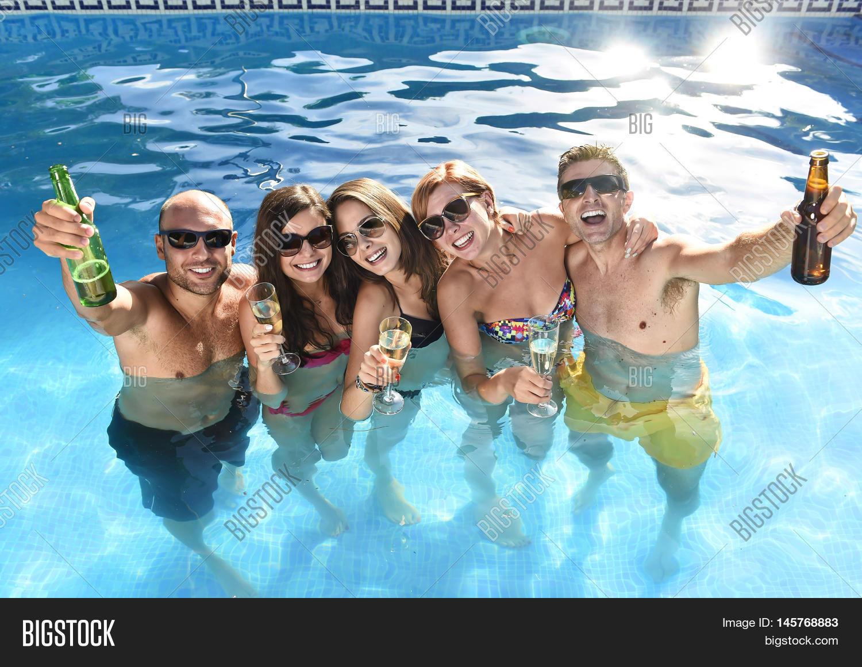 seymores pool bathroom bikini party