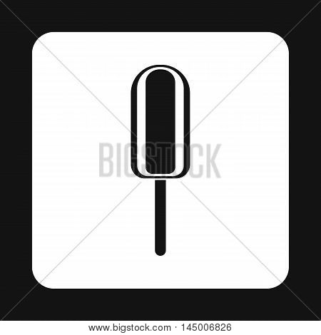 Eskimo ice cream icon in simple style isolated on white background. Sweets symbol