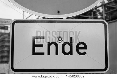 Ende Sign In Berlin In Black And White