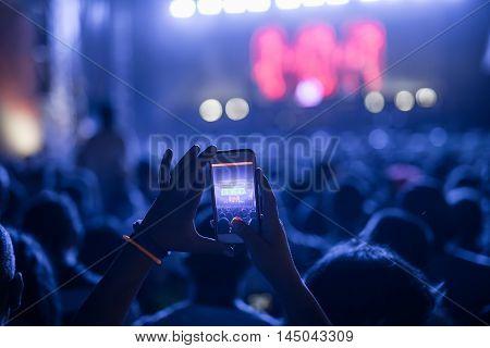 Capturing Festival Best Moments