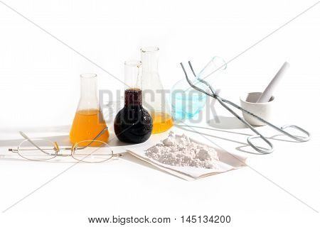 Chemical glass tubes and retorts for research
