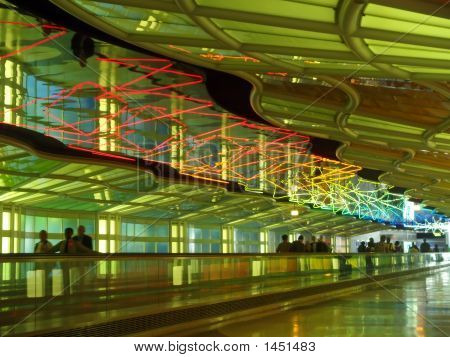 Un corredor de un Major International Airport