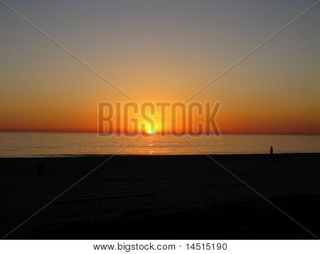 Sunset over the Pacific Ocean at Will Rogers Beach