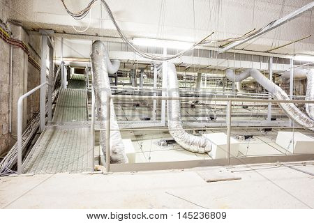 include an auditorium there is a ventilation system for ventilation