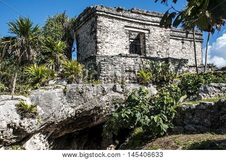 Mexico yucatan Tulum maya ruins Temple Oceanside 4