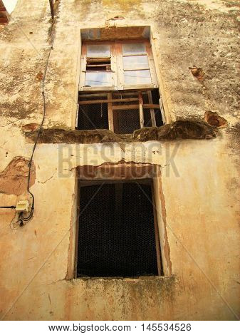 Village house abandoned by emigration to the big cities.