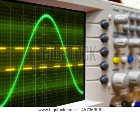 wave on oscilloscope  probe arm sinus  signal