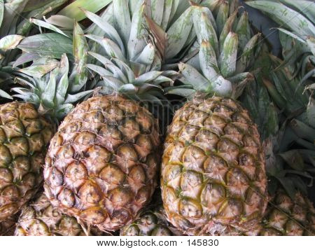 Markets - Pineapples