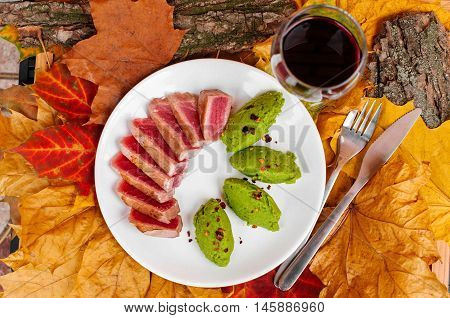 Grilled Tuna Steak And Mashed Green Peas
