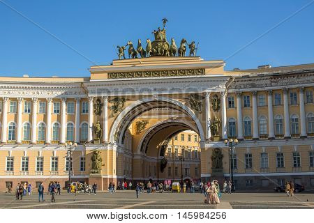 St.PETERSBURG, RUSSIA - AUG 31, 2016: The General Staff building in Palace Square. The monumental Neoclassical building was designed by Carlo Rossi in the Empire style and built in 1819-1829.