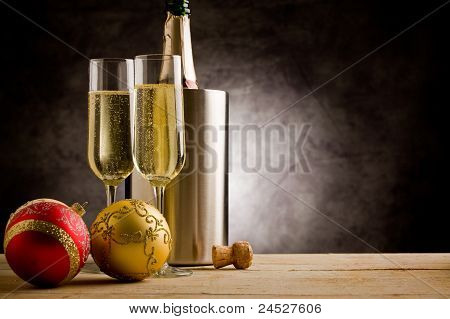 Champagner with Christmas Balls