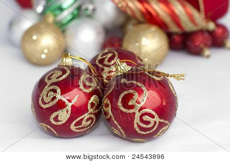 Christmas Motifs With Balls And Chains