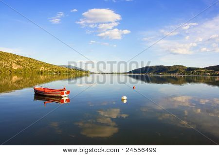 boat in the lake (Makedonia, Greece)