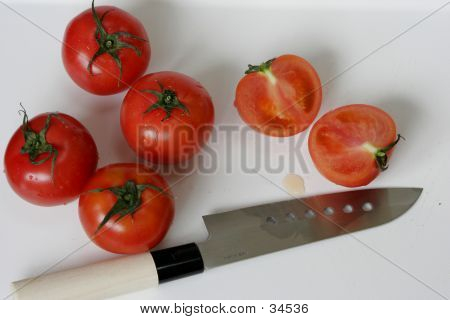 Cut Tomato & Knife
