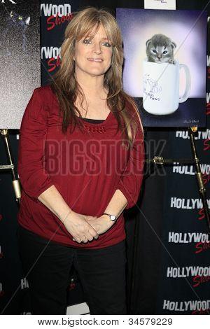 Burbank, ca Apr 22: Susan Olsen in der Hollywood Show statt an Burbank Flughafen Marriott am 22. April