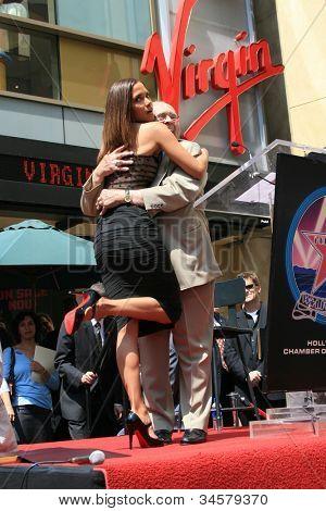 LOS ANGELES - APR 3: Halle Berry, Johnny Grant im Rahmen einer Zeremonie, wo Halle Berry, ist mit einem Sta geehrt