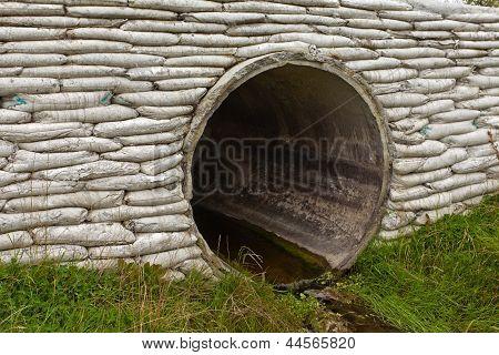 Storm culvert drainage pipe concrete revetment