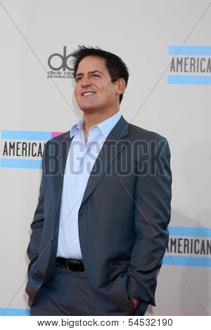LOS ANGELES - NOV 24:  Mark Cuban at the 2013 American Music Awards Arrivals at Nokia Theater on November 24, 2013 in Los Angeles, CA