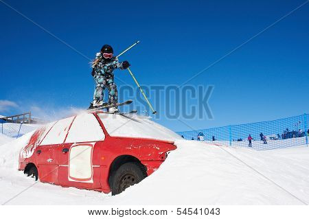 Extreme Skiing In The Ski Park