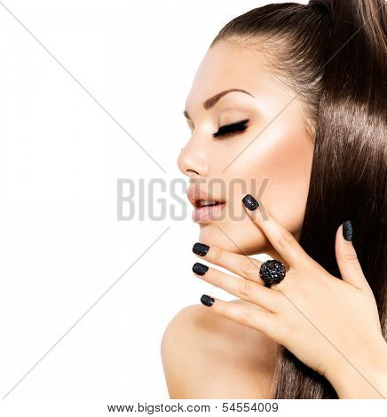 Beauty Fashion Model Girl with Long Healthy Brown Hair, Long Eyelashes. Fashion Trendy Caviar Black Manicure. Nail Art. Beautiful Stylish Woman with Healthy Smooth Skin. Ponytail. Perfect Makeup