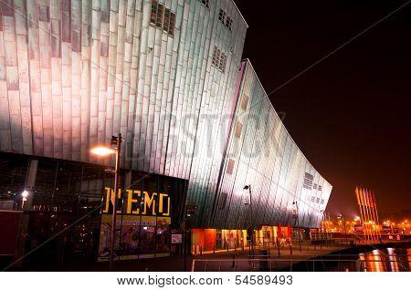 Nemo Museum by Night