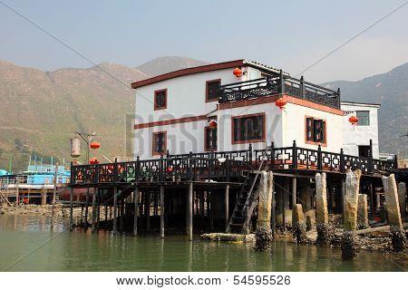 Stilt House In China