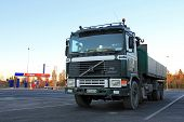 Volvo F12 Intercooler Truck