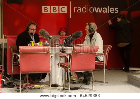 Professor Wynn Thomas on BBC Radio Wales