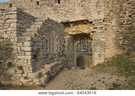Puerta del castillo 1