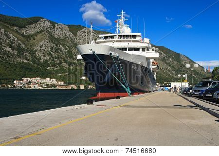 Big Passenger Ship