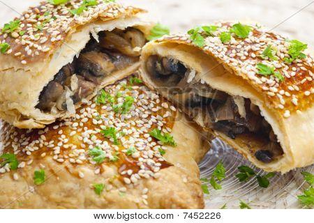 champignons puff pocket