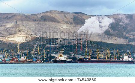 Seaport Cargo Crane