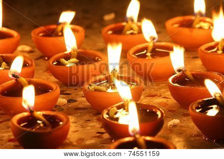 Illuminating Oil Lamps