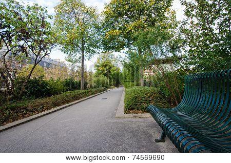 Promenade Plantee Park in Paris