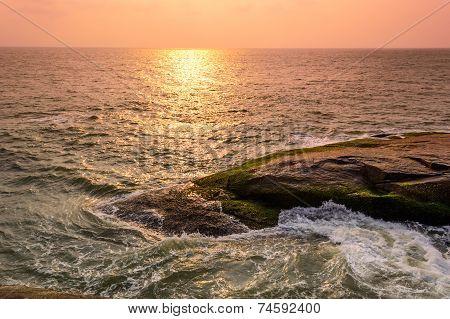 Evening at Someshwara beach, Mangalore