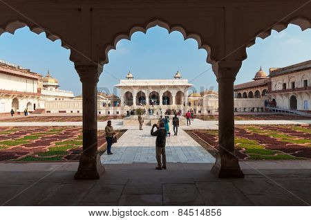 View Of Anguri Bagh And Khas Mahal In Red Agra Fort