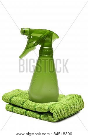 Green Spray Cleaning Bottle With Cloth