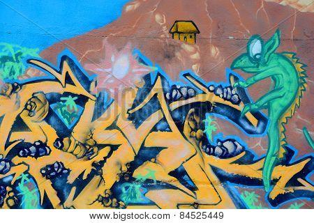 Street art Montreal lizard