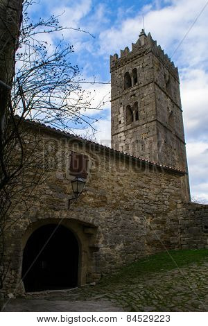 Tower Hum