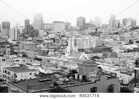Foggy Conditions Glows Over Neighborhood Homes Buildings San Francisco California
