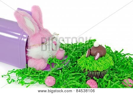 Easter bunny and cupcake
