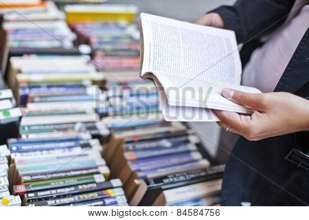 book in the hand