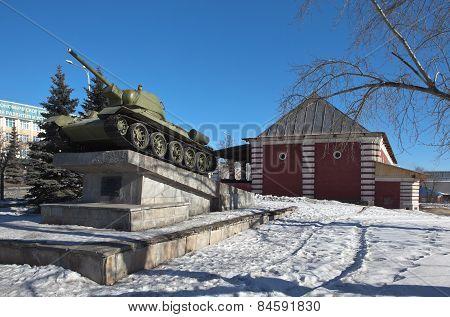 NIZHNY TAGIL, RUSSIA - MARCH 3, 2015: Photo of Tank