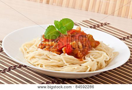 Spaghetti bolognese pasta with tomato sauce and meat