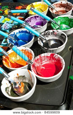 Melted Crayons Provide Vibrant Paints For Art Projects