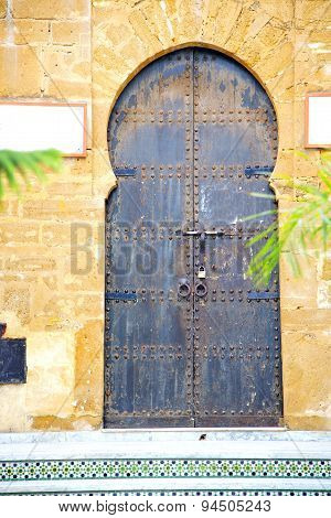 Historical In  Antique Building   Africa   Wood And Metal