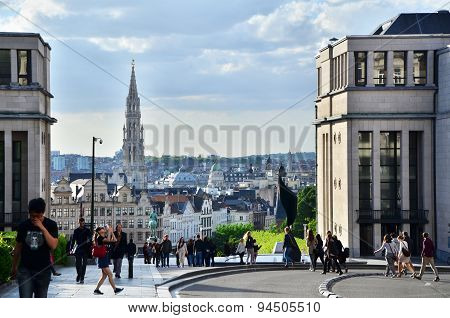 Brussels, Belgium - May 13, 2015: Tourist Visit Kunstberg Or Mont Des Arts In Brussels