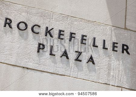Rockefeller Plaza Inscription, Editorial