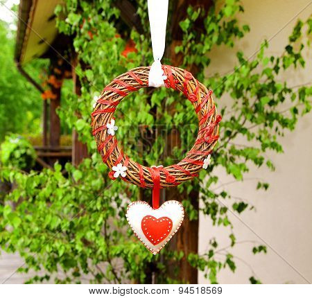 Circle Wedding And Valentines Day Decoration